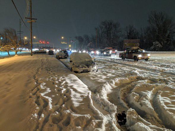 Bảy người thiệt mạng vì bão tuyết ở Mỹ - Ảnh 2.