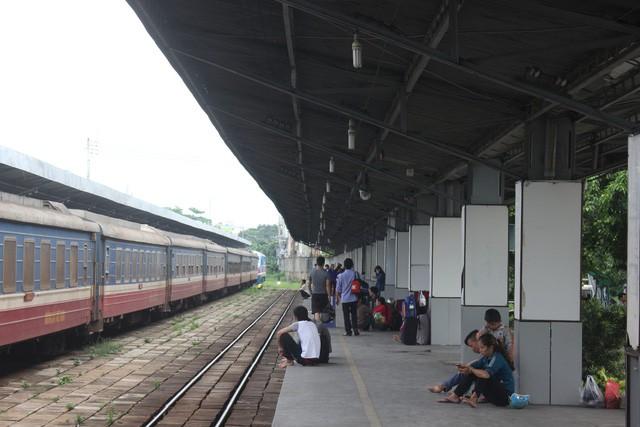 TP.HCM điều chỉnh giao thông một số đường để tàu hỏa chạy tết - Ảnh 1.