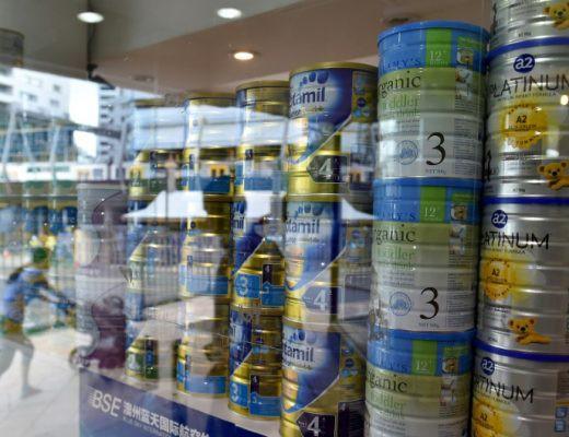 Úc phá đường dây trộm sữa bột triệu đô bán sang Trung Quốc - Ảnh 1.