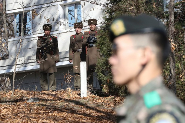 Hàn Quốc khẳng định quyền Đại sứ Triều Tiên tại Ý đào tẩu - Ảnh 1.