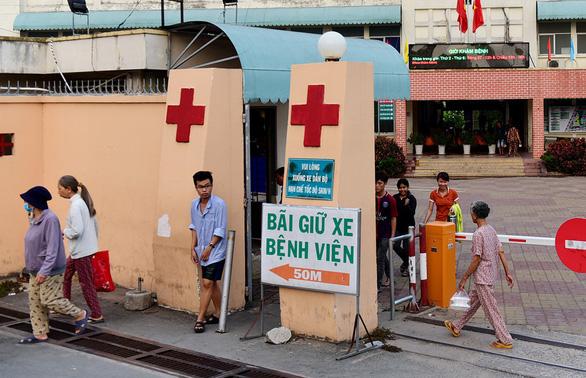 Bệnh viện Đa khoa khu vực Thủ Đức thu tiền xét nghiệm BHYT sai quy định - Ảnh 1.