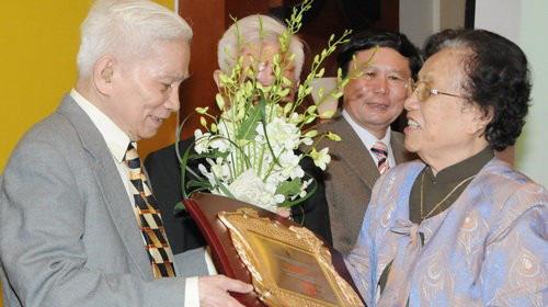 Con trai GS Hoàng Tụy: Nhớ Ba - người cha, người thầy, đồng nghiệp - Ảnh 3.