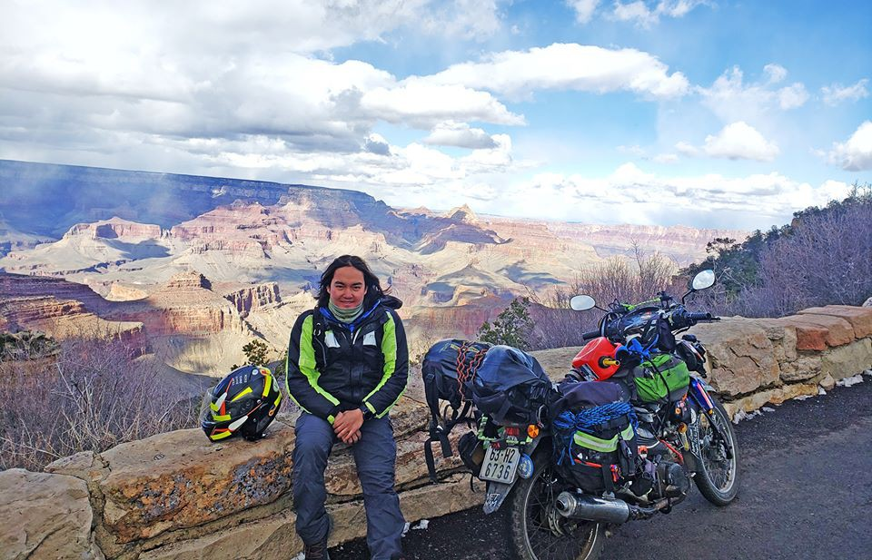 Kỳ quan Grand Canyon tráng lệ mùa tuyết rơi - Ảnh 1.
