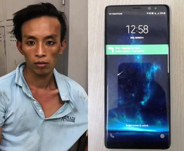 Cảnh sát hình sự phóng xe qua nhiều đường truy bắt kẻ cướp điện thoại - Ảnh 1.
