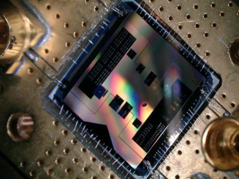 Đã bắt được sóng vô tuyến lượng tử - Ảnh 1.