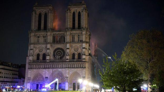 Nhà thờ Đức Bà Paris - biểu tượng hơn 850 năm của nước Pháp - Ảnh 5.
