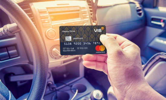 Ưu đãi thẻ tín dụng: liệu có bất ngờ lớn trong năm 2019? - Ảnh 1.