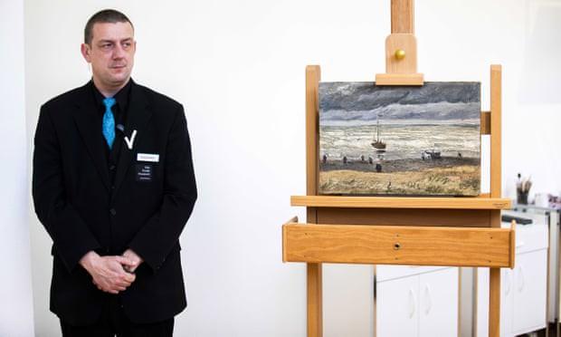 Hai bức tranh của Van Gogh bị lấy đi chỉ trong 3 phút 40 giây - Ảnh 1.