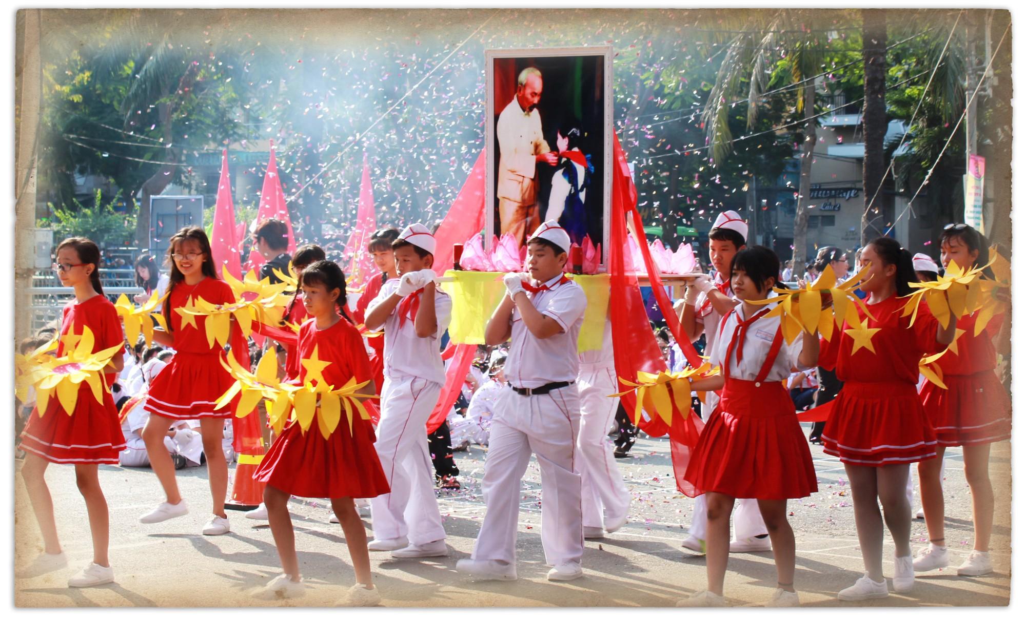 Di chúc của Chủ tịch Hồ Chí Minh: Như ngọn đuốc soi đường cho dân tộc - Ảnh 7.