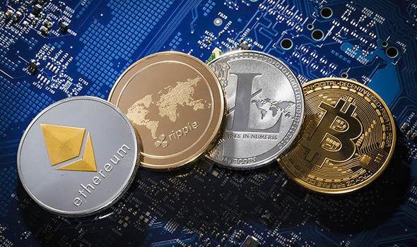 Bitcoin tăng vọt, sắp chạm 6.000 USD - Ảnh 1.
