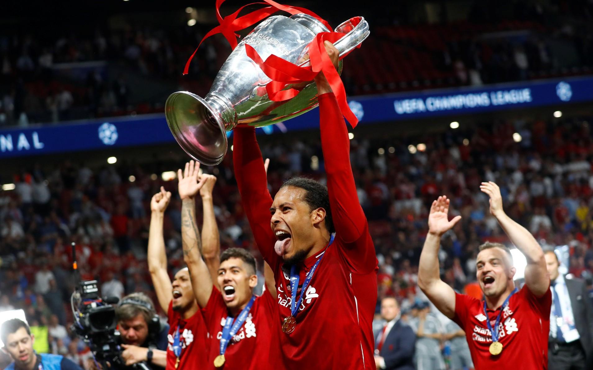 Liverpool tưng bừng ăn mừng chức vô địch Champions League