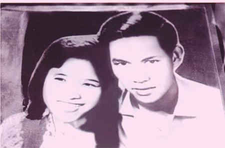 Bà Phan Thị Quyên (trái) và anh hùng Nguyễn Văn Trỗi ngày cưới - Ảnh: Tư liệu