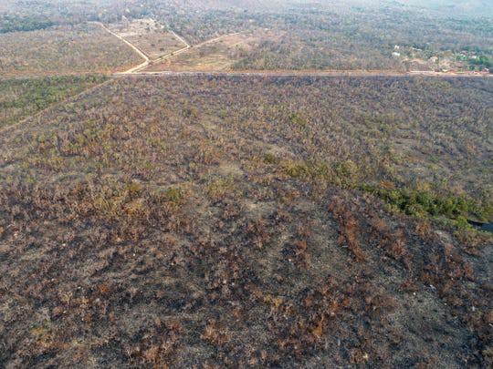 9.500 vụ cháy 1 tuần, rừng Amazon lá phổi Trái đất biến dạng khủng khiếp - Ảnh 3.