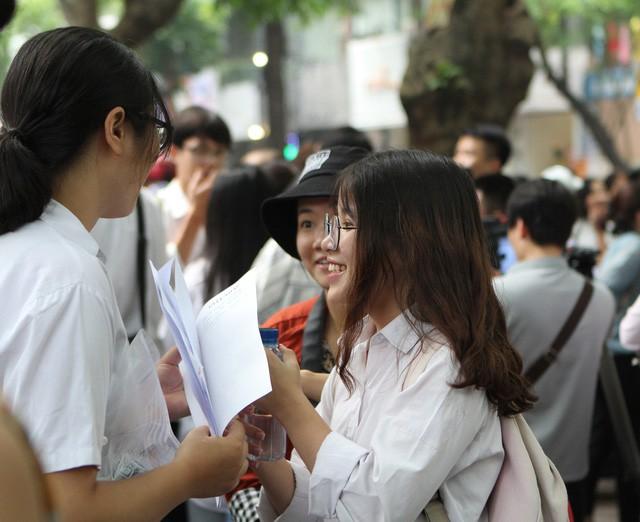 Hàng loạt trường đã công bố điểm chuẩn đại học 2019 - Ảnh 1.