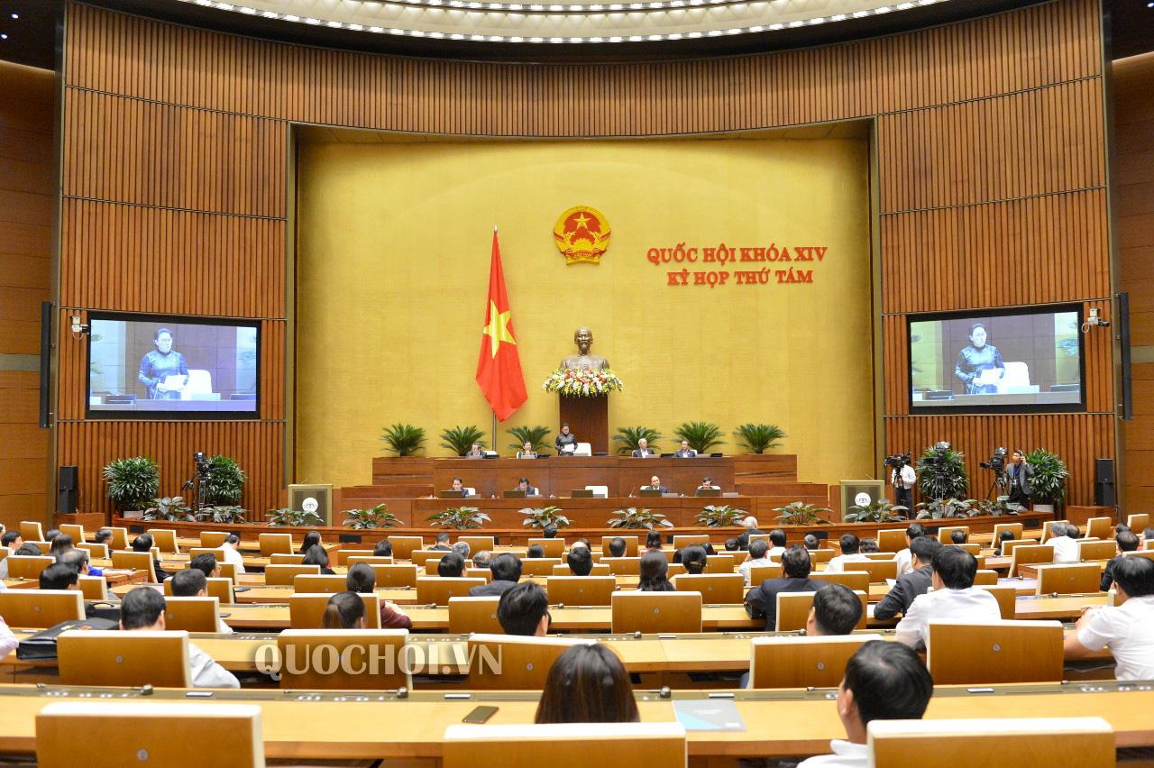 Bộ trưởng Nguyễn Mạnh Hùng: Mạng xã hội nội địa tương đương mạng xã hội nước ngoài - Ảnh 1.