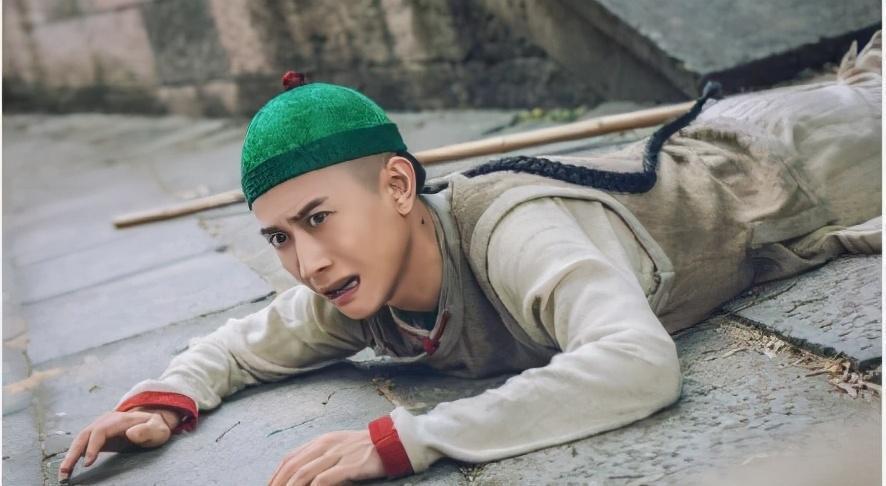 Kim Dung qua đời, thế giới võ hiệp đại loạn, Lộc đỉnh ký 2020 gây thảm họa - Ảnh 7.