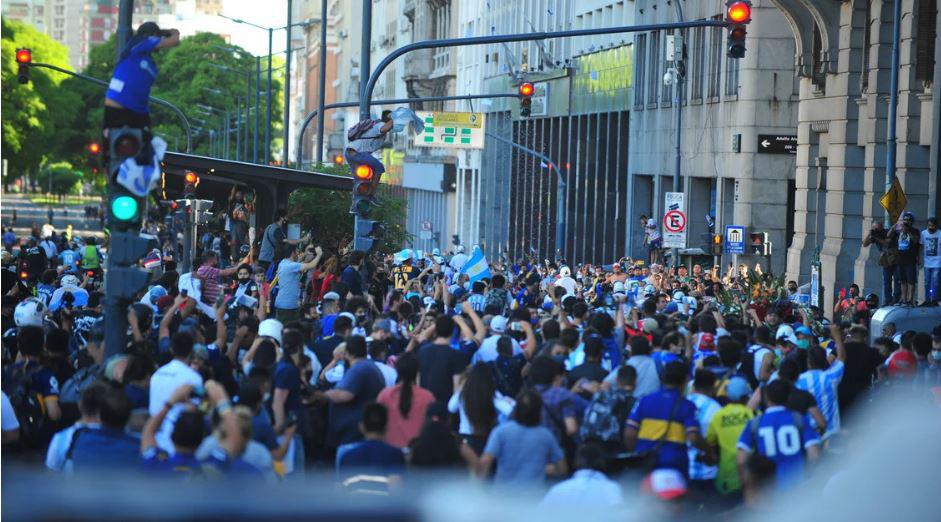 Tiễn đưa huyền thoại Maradona đến thiên đường - Ảnh 8.