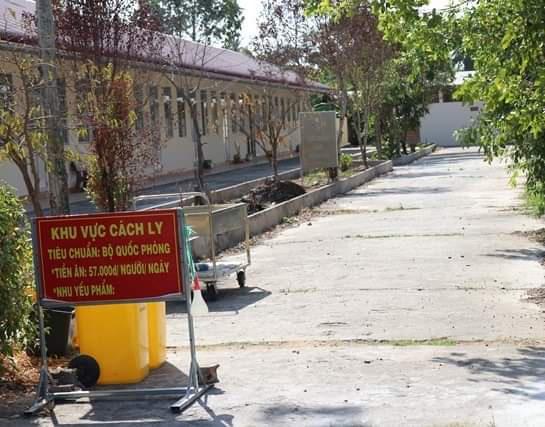 Xác định thêm 1 người cùng nhóm bệnh nhân 1440 đi taxi về Cà Mau - Ảnh 1.