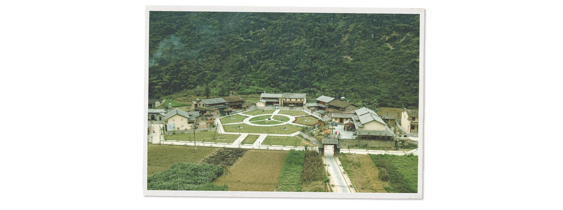 55 năm Cung đường Hạnh Phúc trên trập trùng núi đá Hà Giang - Ảnh 6.