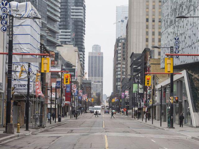 Canada hỗ trợ 2.000 CAD/tháng cho người lao động bị ảnh hưởng bởi COVID-19 - Ảnh 1.