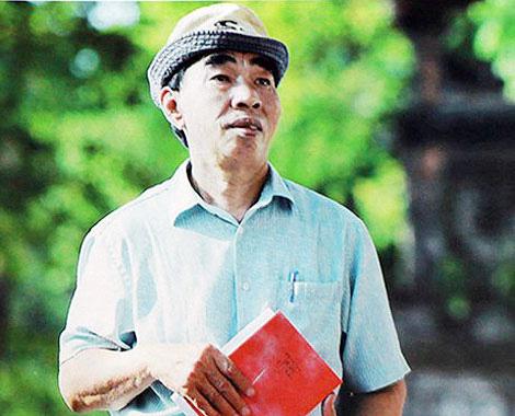 Nhà thơ Hoàng Trần Cương - tác giả bài thơ Miền Trung - qua đời - Ảnh 2.