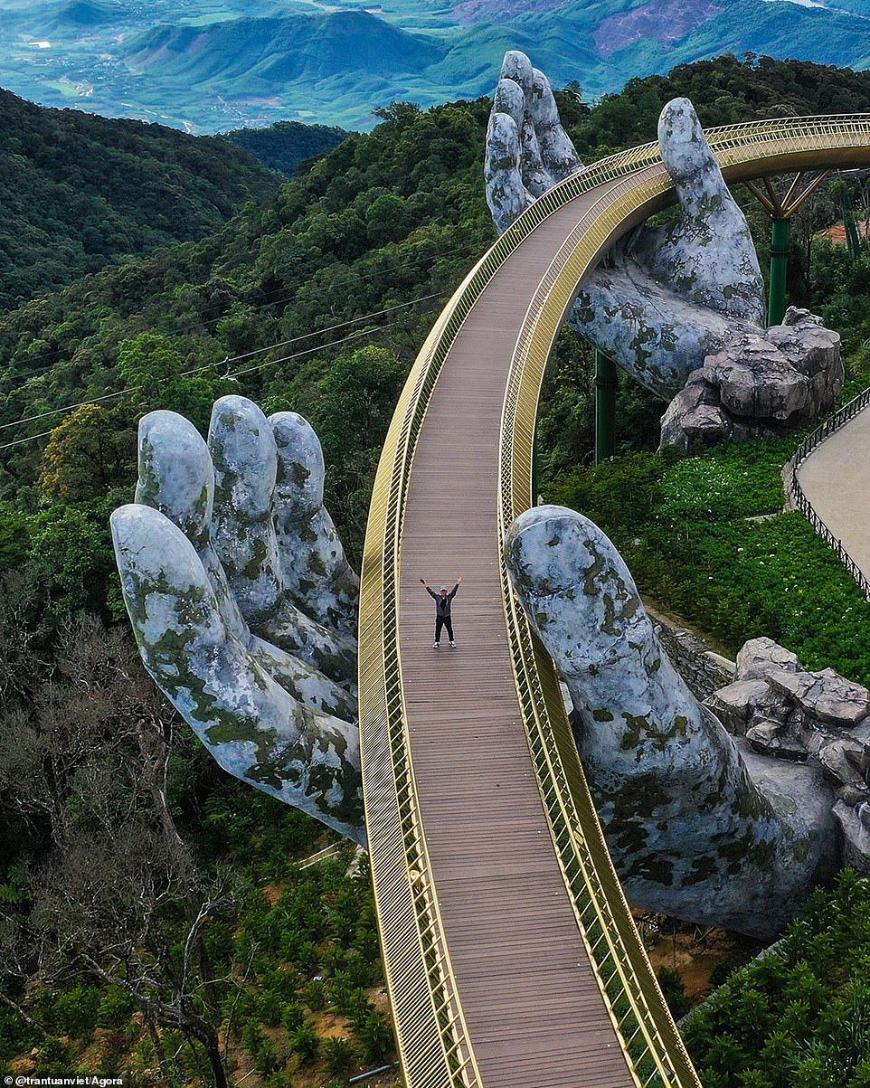 Ảnh Cầu Vàng vượt hơn 10.000 ảnh giành chiến thắng cuộc thi Architecture 2020 - Ảnh 1.