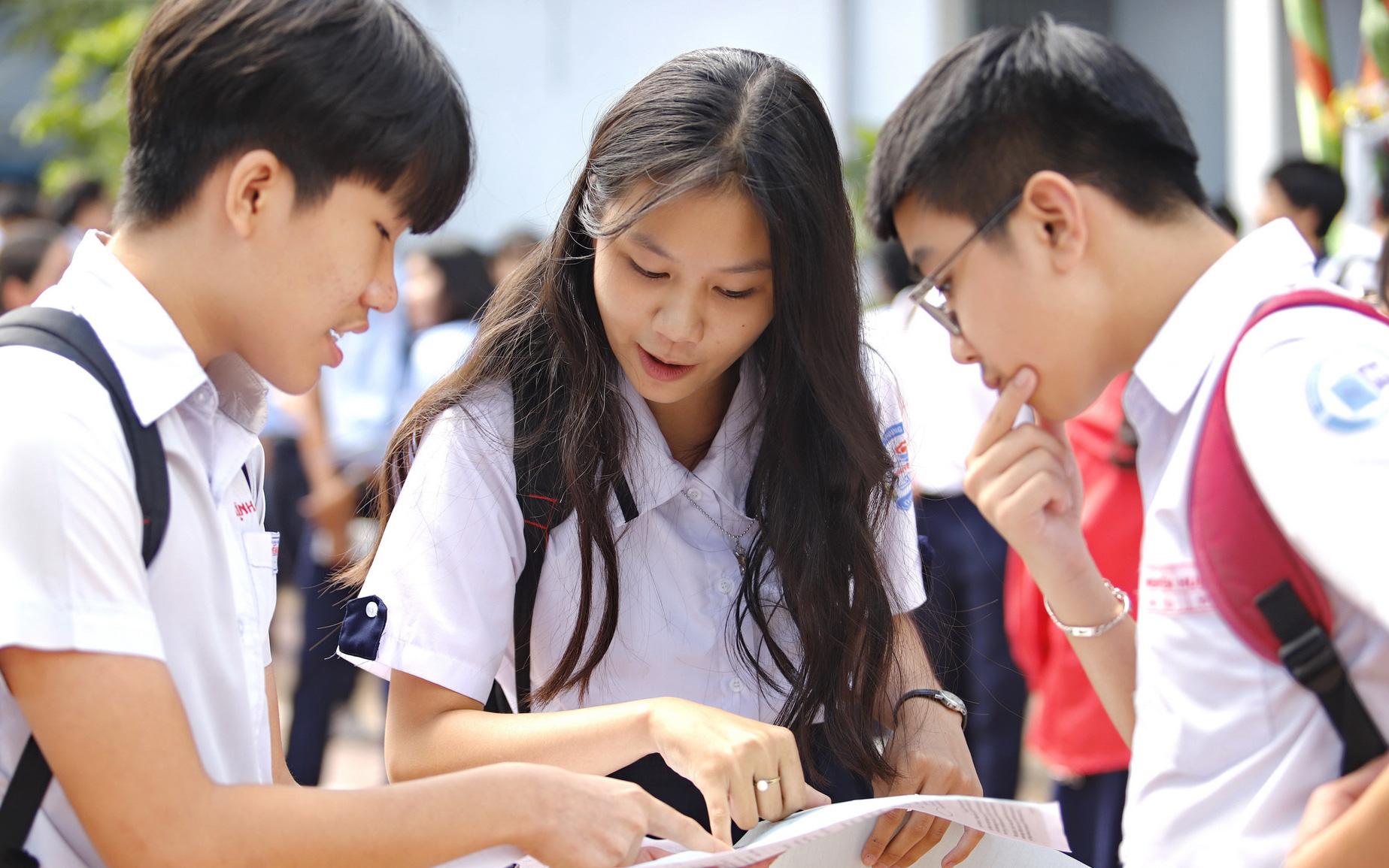 Trường Phổ thông năng khiếu công bố điểm thi và điểm chuẩn vào lớp 10