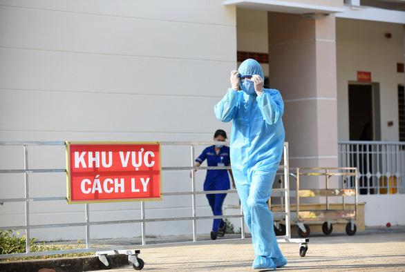 Phát hiện 11 người Trung Quốc nghi nhập cảnh trái phép ở quận Tân Phú, TP.HCM - Ảnh 1.