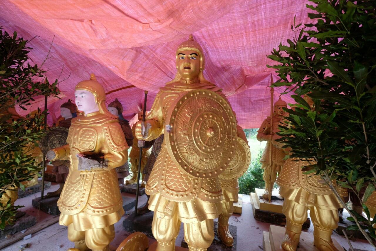 Tượng Trung Quốc chuyển về Đà Lạt là tượng của khu du lịch Đại Nam? - Ảnh 3.