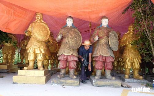 Tỉnh Lâm Đồng yêu cầu trả tượng nghi lính Trung Quốc về Khu du lịch Đại Nam - Ảnh 1.