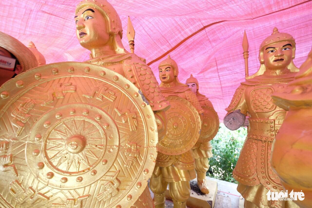 Tỉnh Lâm Đồng yêu cầu trả tượng nghi lính Trung Quốc về Khu du lịch Đại Nam - Ảnh 2.