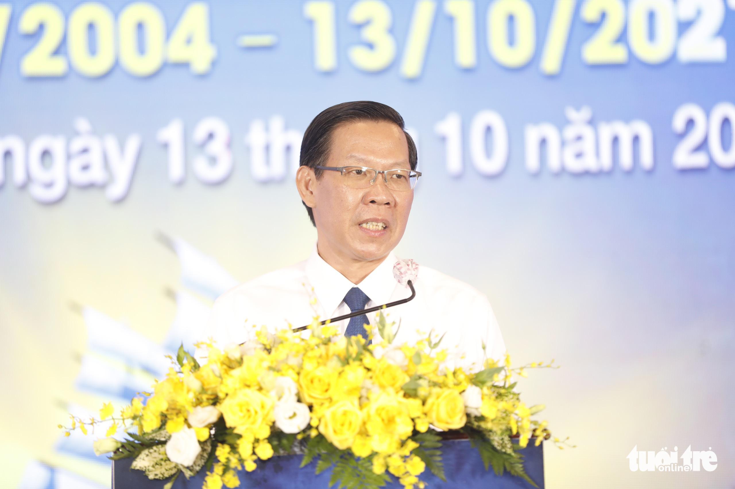 Chủ tịch UBND TP.HCM: Tôi đã trải qua quãng thời gian khó khăn nhất đời mình - Ảnh 1.