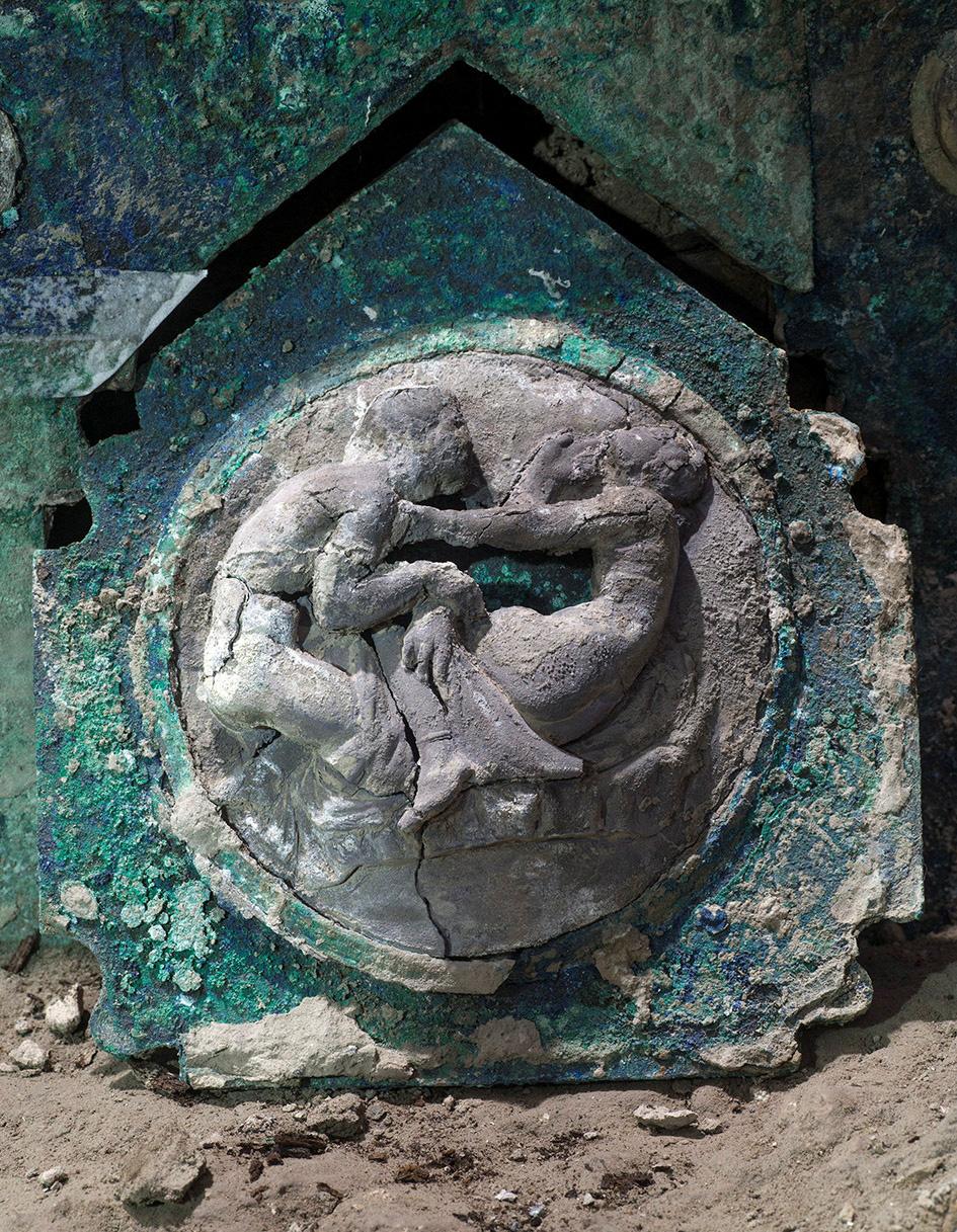 Tìm thấy xe ngựa rước lễ nguyên vẹn hơn 2.000 năm tuổi - Ảnh 3.