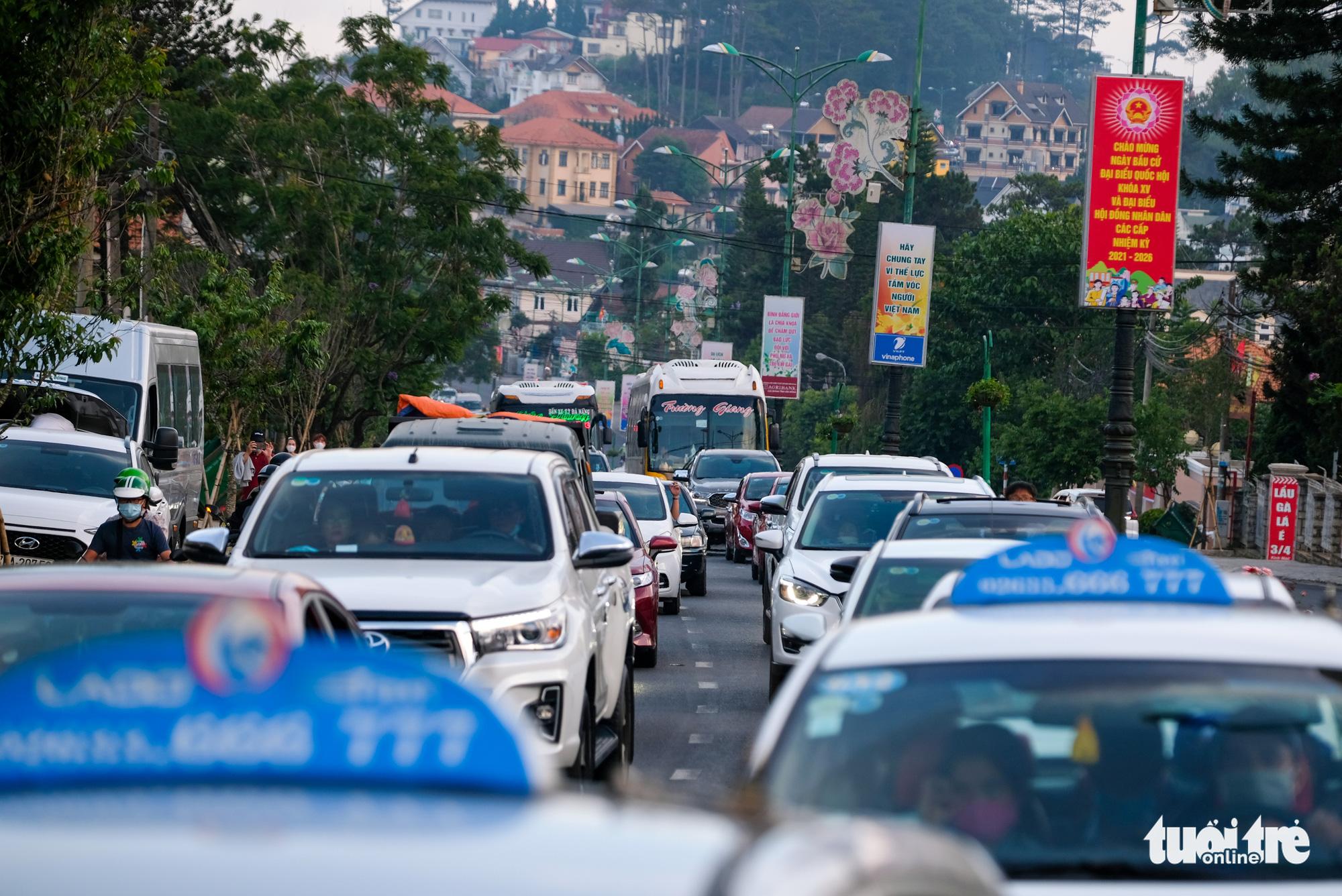 Rời Đà Lạt về TP.HCM nên chọn tỉnh lộ 725 để tránh đèo Bảo Lộc - Ảnh 4.