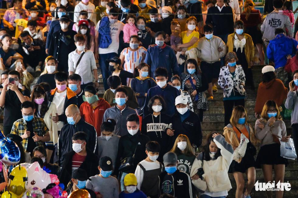 329 người liên quan bệnh nhân 3141 đi chợ đêm Đà Lạt âm tính lần 1 - Ảnh 1.