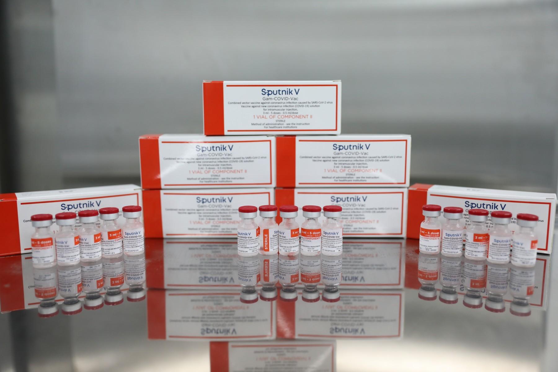 Việt Nam sản xuất thành công lô vắc xin Sputnik V đầu tiên - Ảnh 1.