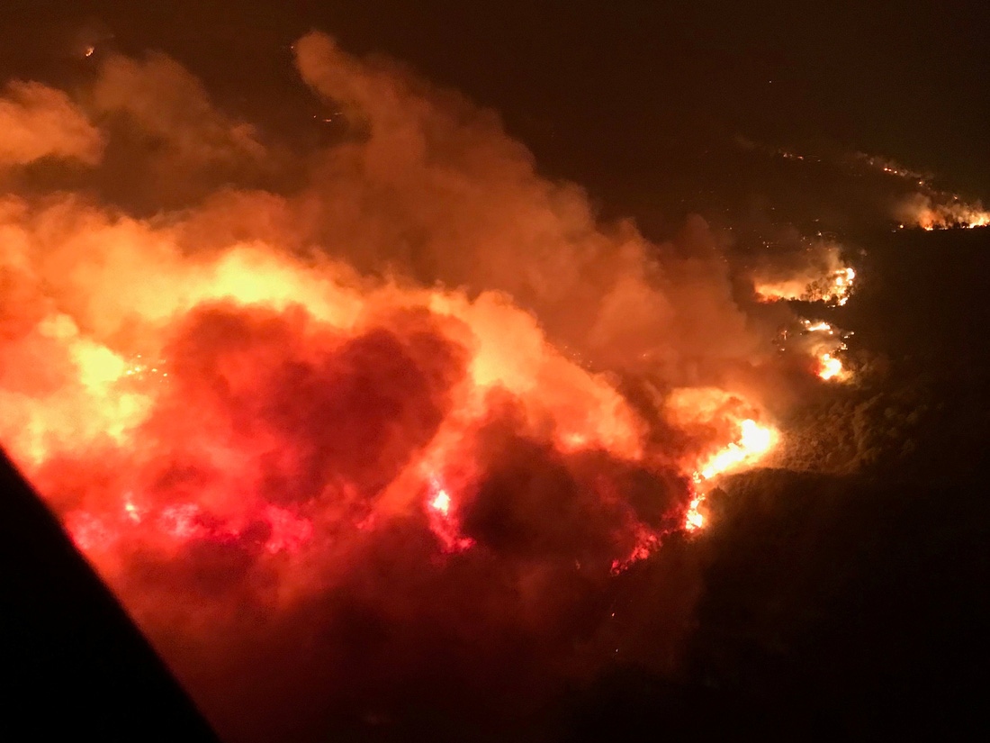 4 ngày chìm trong biển lửa của California - Ảnh 4.