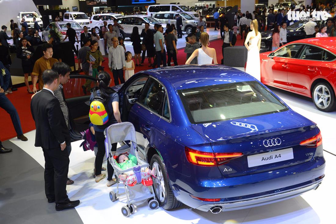 Ngắm xe hơi quá đã tại triển lãm ôtô quốc tế VN - Ảnh 8.