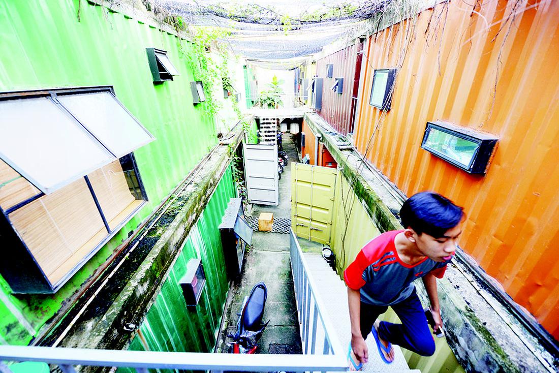 Cận cảnh cuộc sống sinh viên trong căn hộ container - Ảnh 1.