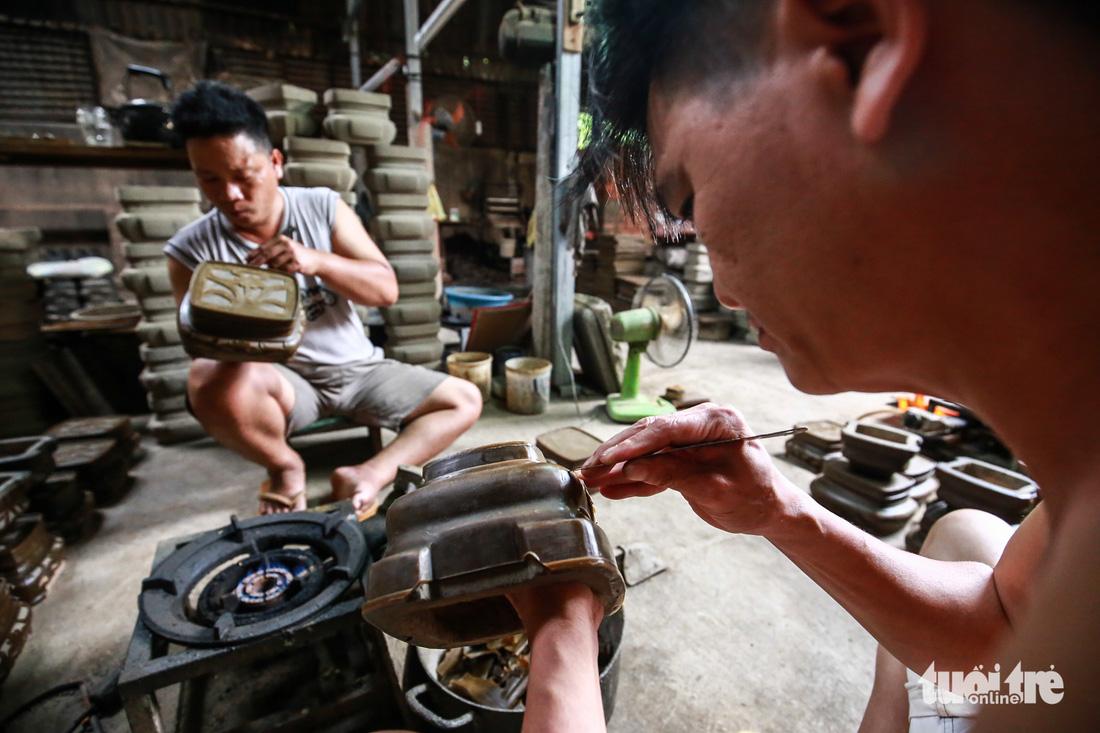 Làng nghề hiếm hoi còn sót lại ở Sài Gòn - Ảnh 6.
