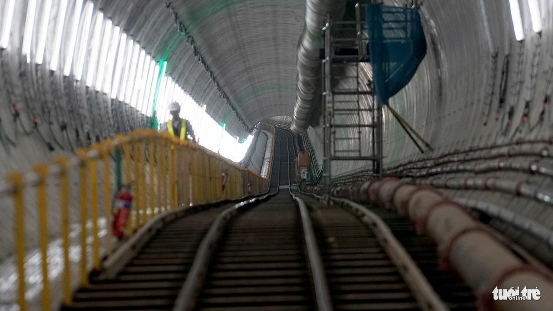 Robot TBM sắp thông đường hầm đầu tiên tuyến metro số 1 - Ảnh 6.