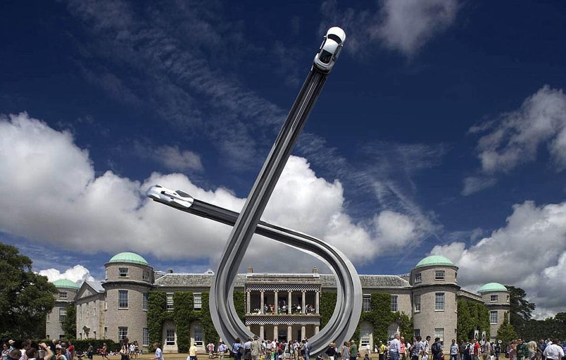 Những bức điêu khắc lơ lửng độc đáo trên thế giới - Ảnh 8.