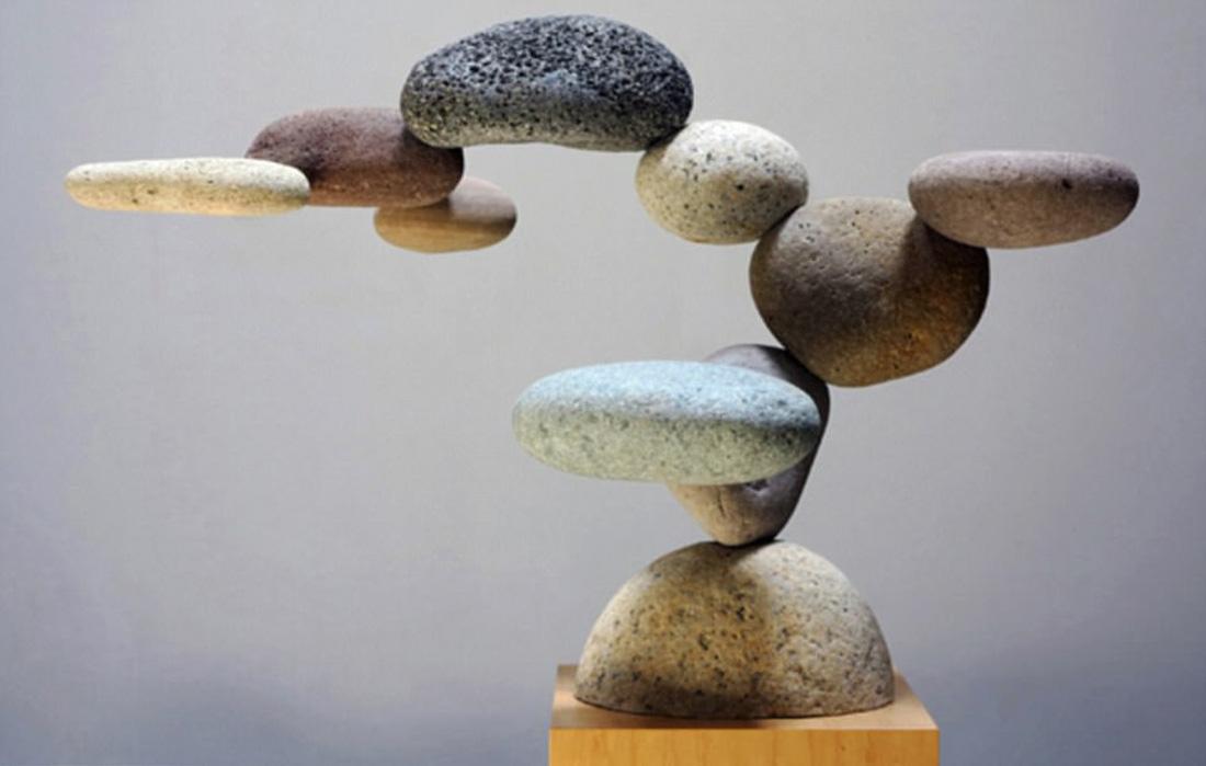 Những bức điêu khắc lơ lửng độc đáo trên thế giới - Ảnh 10.