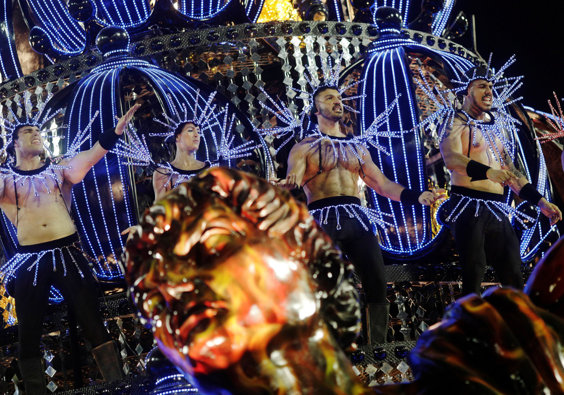 Choáng ngợp với Carnival Rio đầy màu sắc và quyến rũ - Ảnh 14.
