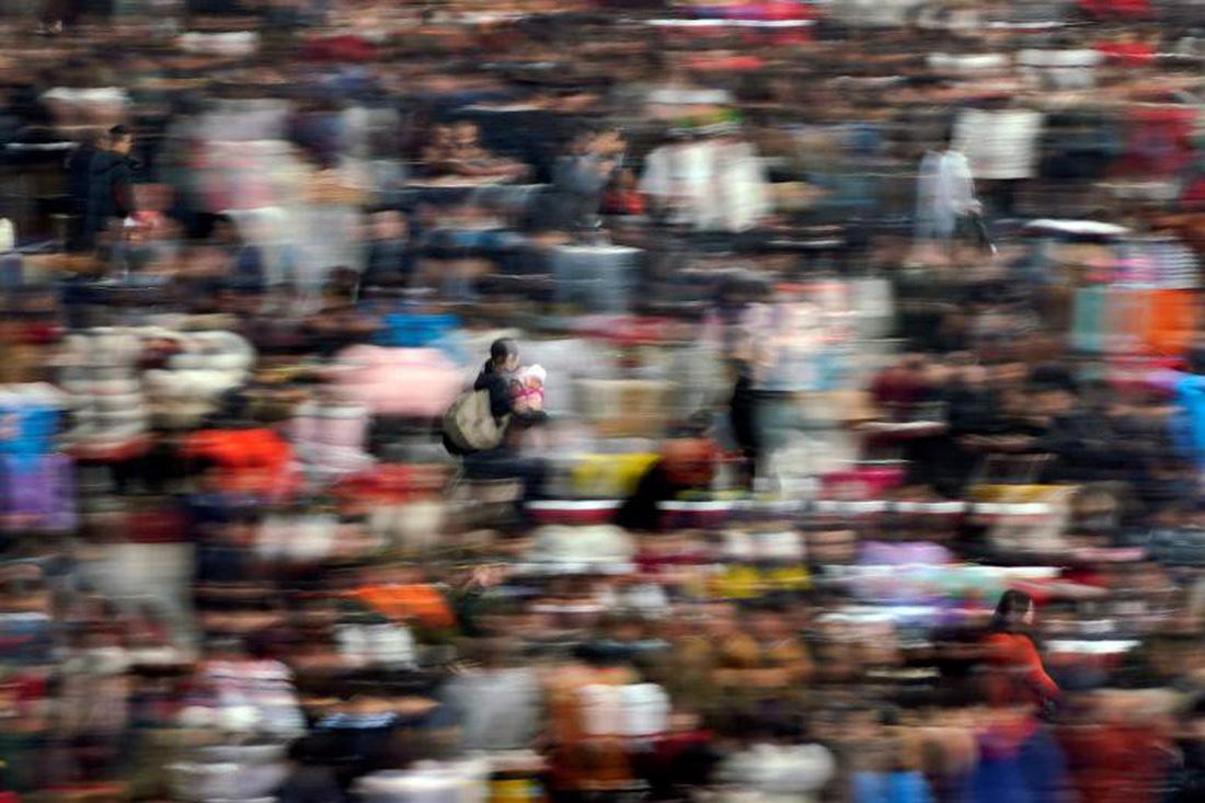 Xem các nước châu Á đón Tết qua ống kính Reuters - ảnh 8