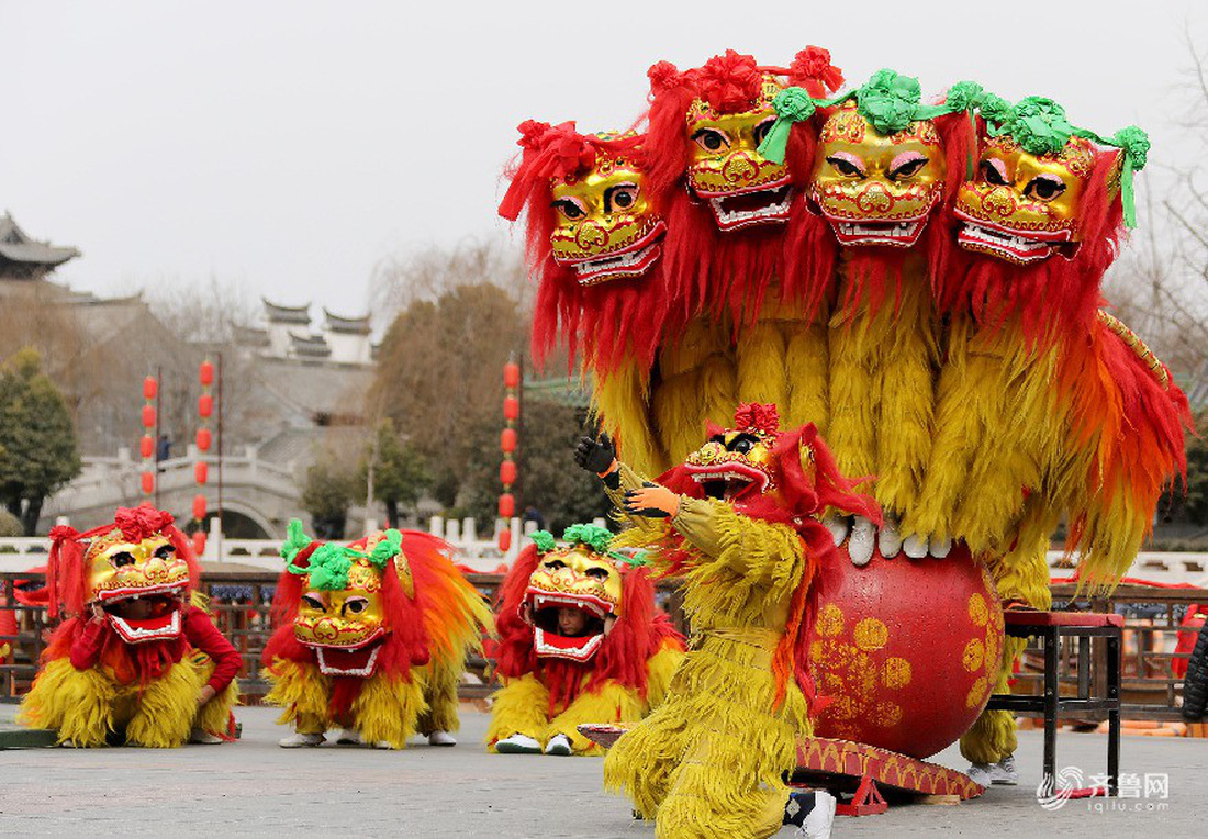 Xem các nước châu Á đón Tết qua ống kính Reuters - ảnh 11