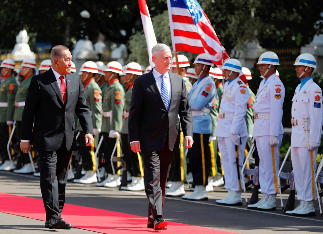 Mỹ đánh tín hiệu trở lại Biển Đông trong năm 2018 - Ảnh 1.
