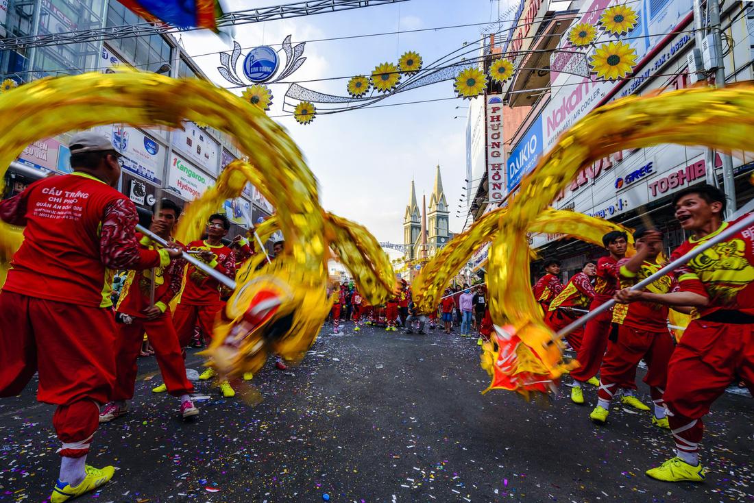 Nét đẹp lễ hội ở Thủ Dầu Một - Ảnh 8.
