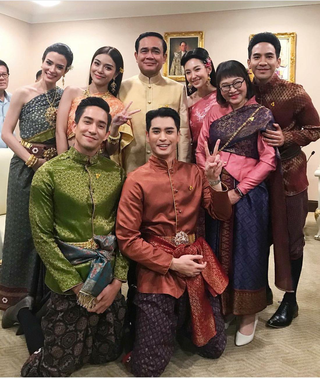 Nhân duyên tiền định và lý do Thủ tướng Thái phải gặp đoàn phim - Ảnh 2.