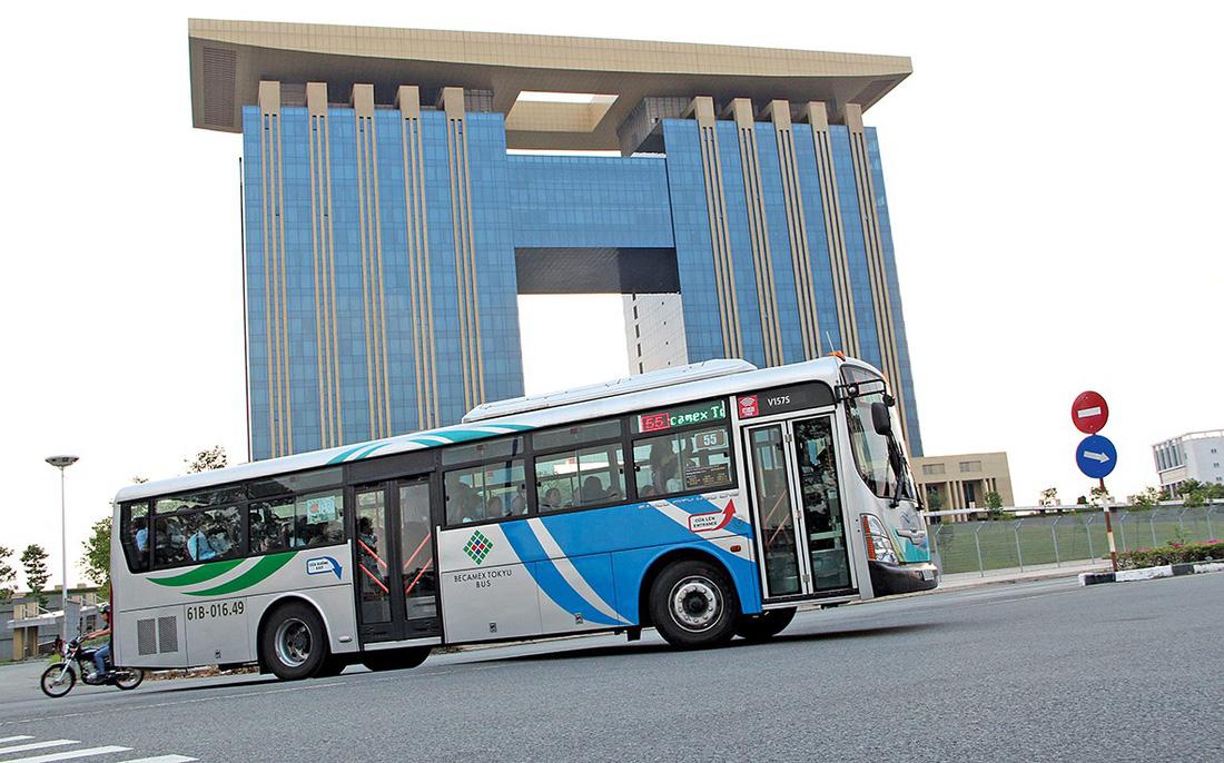 Buýt xanh lăn bánh nhanh kiểu Nhật - Ảnh 1.